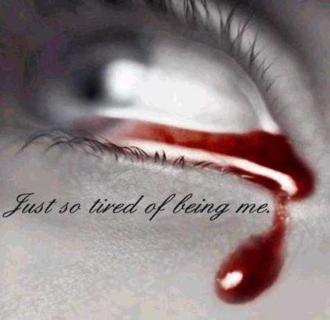 Hati Yang Sengsara Sedih Dan Kecewa Renunglah Dengan Mata Hati Pasti Terbuka Kunci
